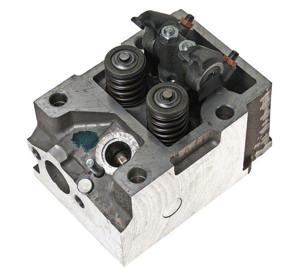 головка цилиндра с клапанами 740.90-1003010
