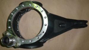 Корпус поворотного кулака 4310-2304028